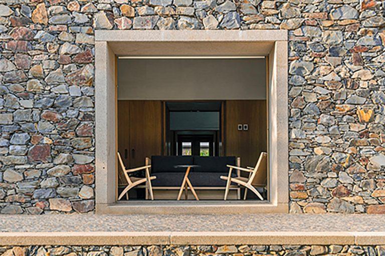 Pietra al quadrato: la Casa de Piedra di Tuñón Arquitectos